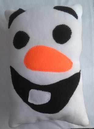 snowman-pillow
